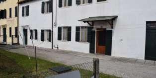 Casa in VENDITA a Treviso di 384 mq
