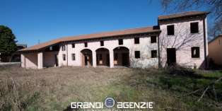 Casa in VENDITA a Ponzano Veneto di 420 mq