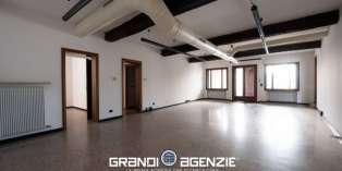 Casa in VENDITA a Treviso di 190 mq
